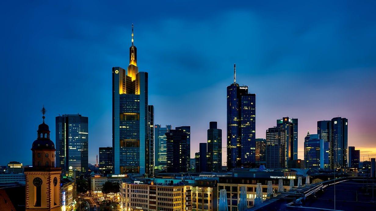 Développement à l'international et en Allemagne